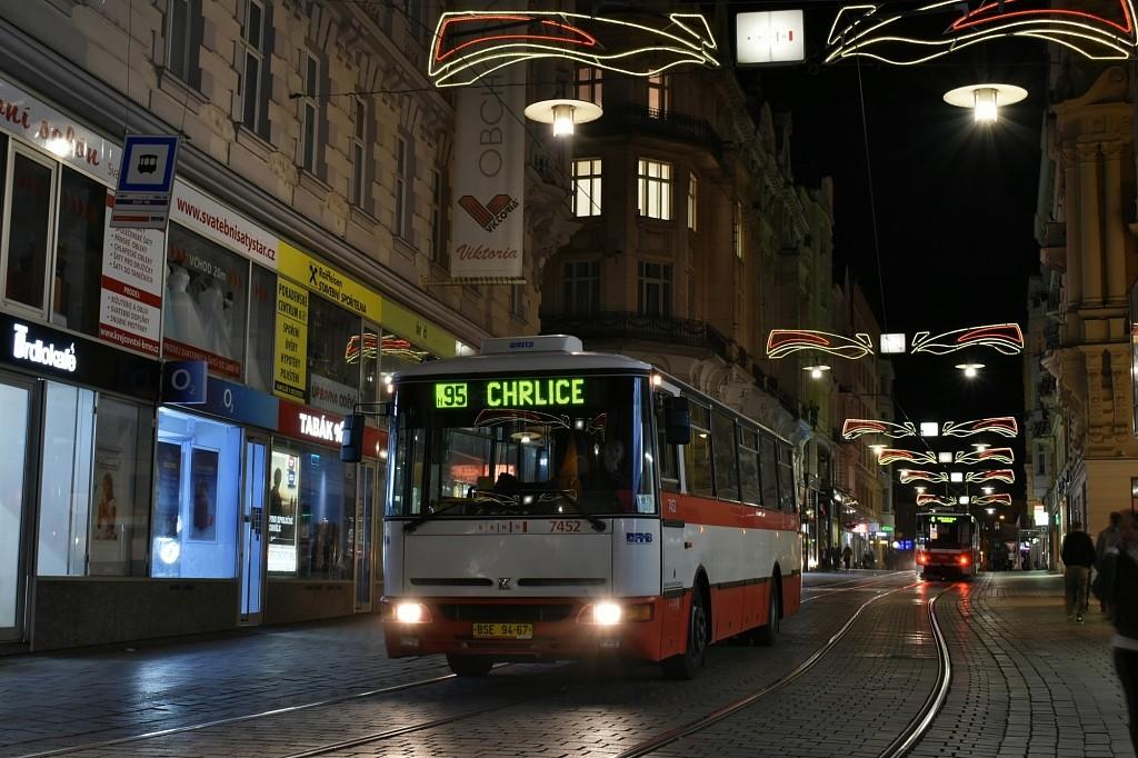 Fotogalerie » Karosa B931E.1707 BSE 94-67 7452 | Brno | střed | Masarykova | Zelný trh