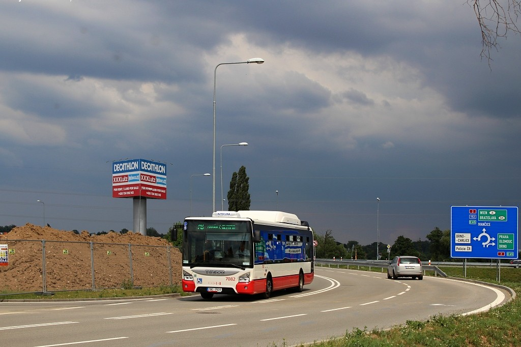 Fotogalerie » Iveco Urbanway 12M CNG 1BC 7531 7082 | Modřice | Splaviska