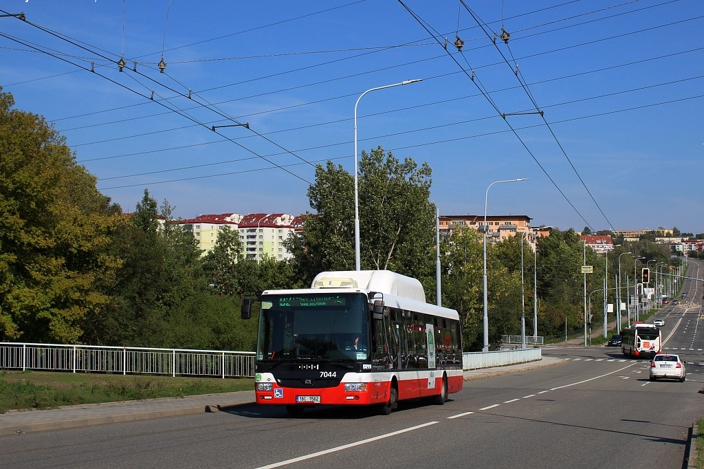 Fotogalerie » SOR NBG 12 1BC 1562 7044 | Brno | Líšeň | Křtinská