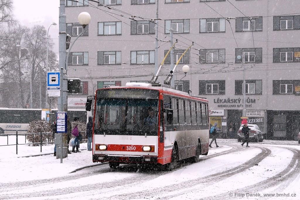 Fotogalerie » Škoda 14Tr14 3260 | Brno | Staré Brno | Mendlovo náměstí | Mendlovo náměstí