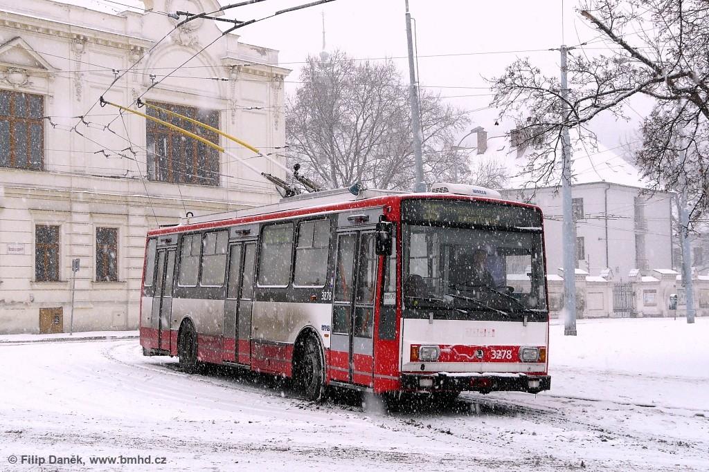 Fotogalerie » Škoda 14Tr17/6M 3278   Brno   Staré Brno   Mendlovo náměstí   Mendlovo náměstí