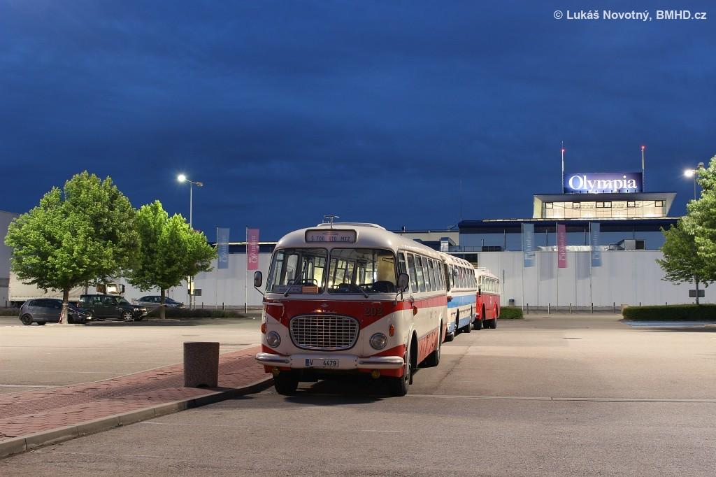 Fotogalerie » Škoda 706 RTO MTZ V 4479 202 | Modřice | parkoviště za OC Olympia