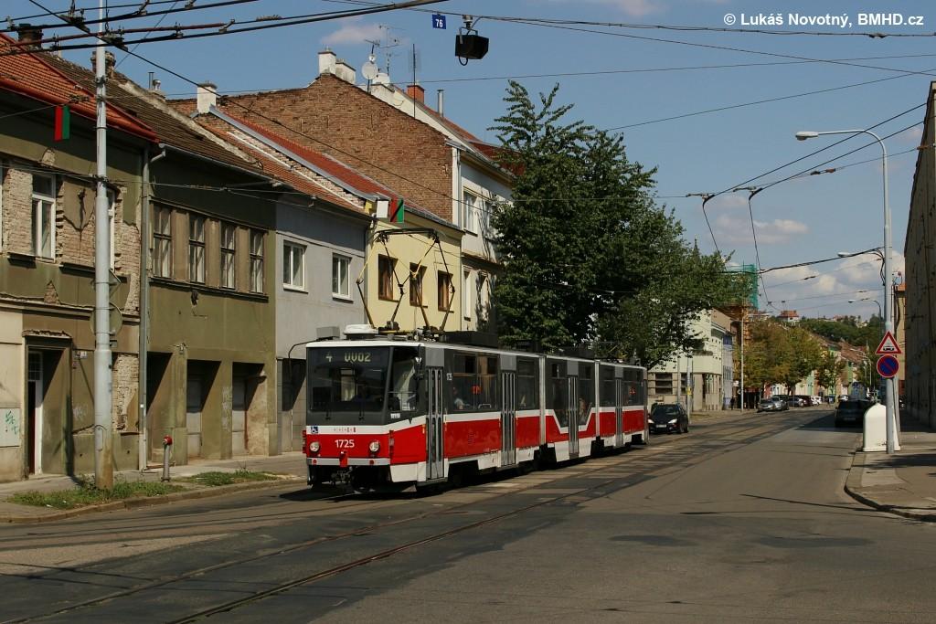 Fotogalerie » ČKD Tatra KT8D5R.N2 1725   Brno   Husovice   Nováčkova