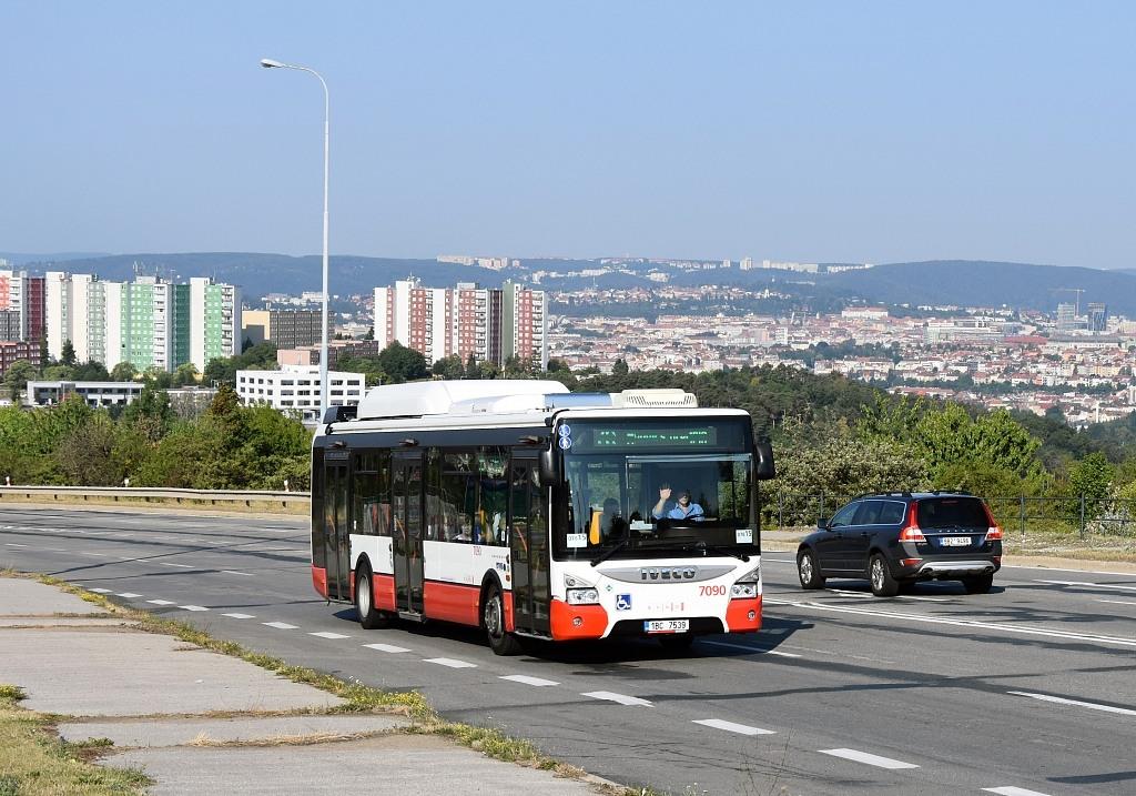 Fotogalerie » Iveco Urbanway 12M CNG 1BC 7539 7090 | Brno | Líšeň | Jedovnická