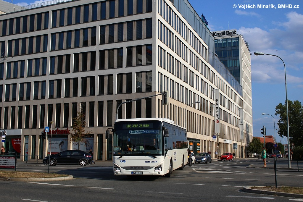Fotogalerie » Iveco Crossway LE LINE 12M 5J5 1618 | Brno | Trnitá | Úzká