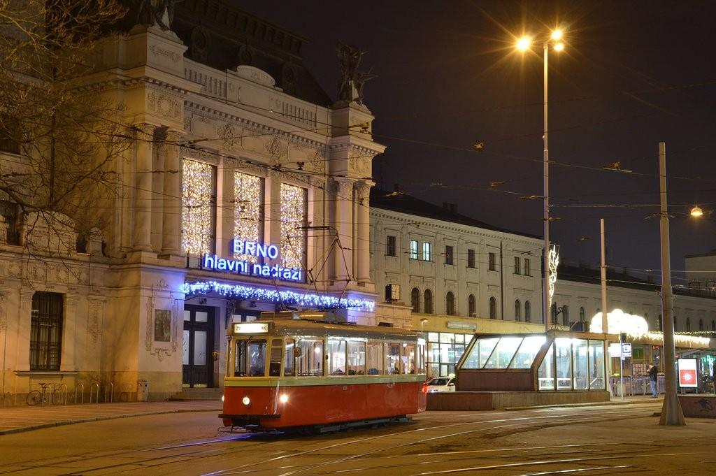 Fotogalerie » SBEPD 4MT4 4058   Brno   střed   Nádražní   Hlavní nádraží