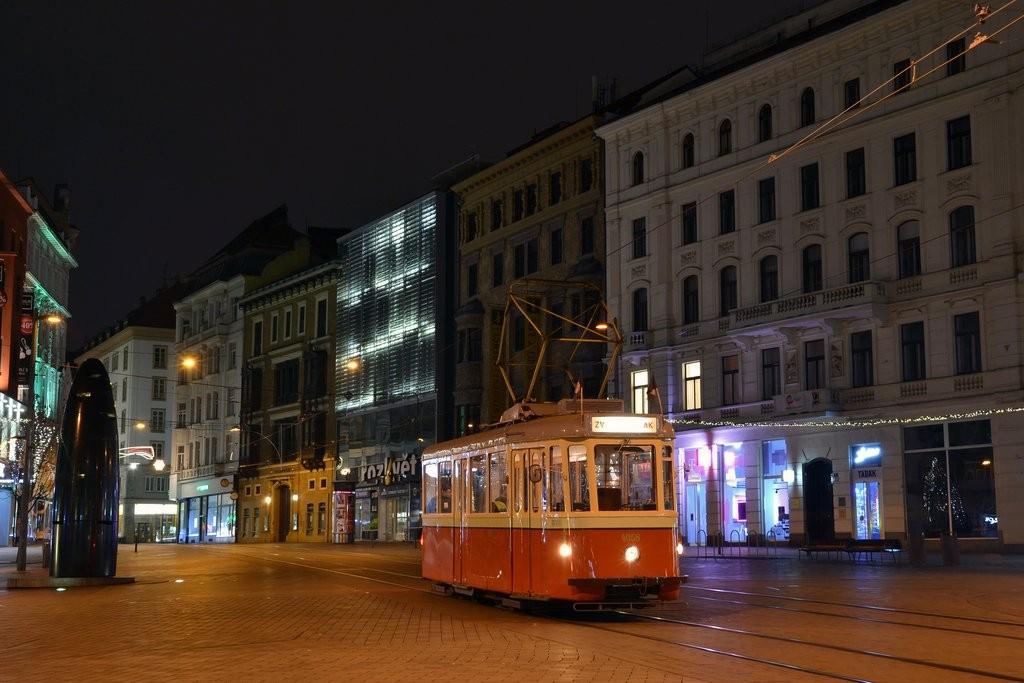 Fotogalerie » SBEPD 4MT4 4058 | Brno | střed | náměstí Svobody