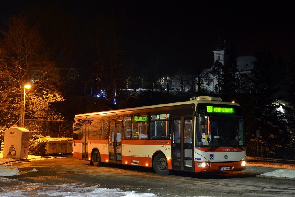 Fotogalerie » Irisbus Crossway LE 12M 7B3 3933 7823 | Vranov | Kateřinská | Vranov, smyčka
