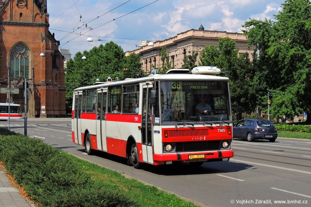 Fotogalerie » Karosa B732.1654 BSC 35-02 7365   Brno   střed   Husova