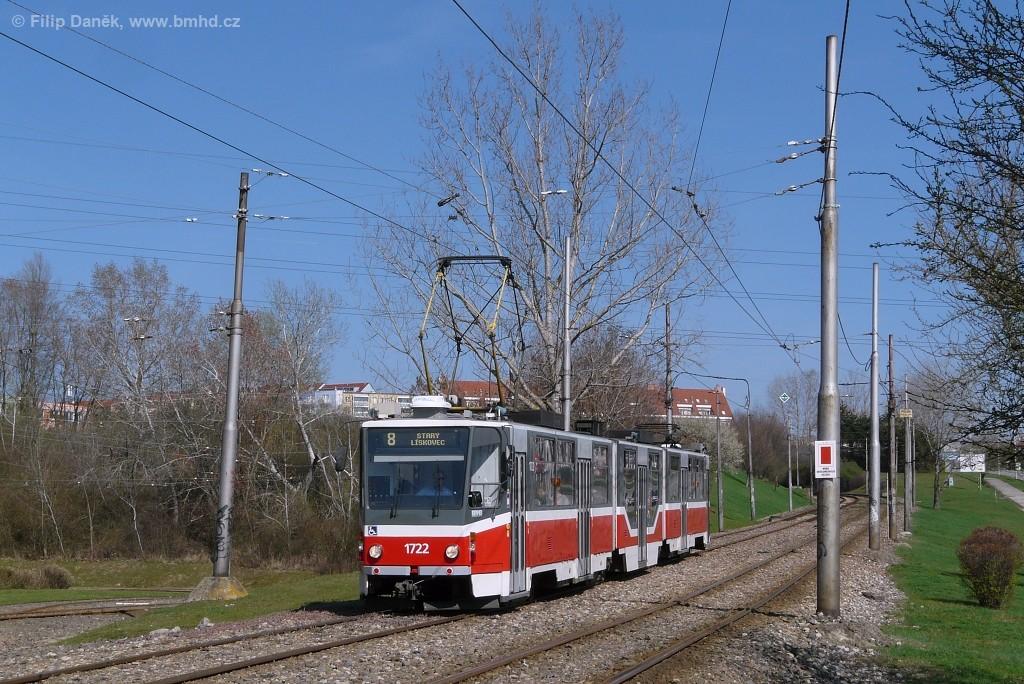 Fotogalerie » ČKD Tatra KT8D5R.N2 1722 | Brno | Líšeň | Novolíšeňská