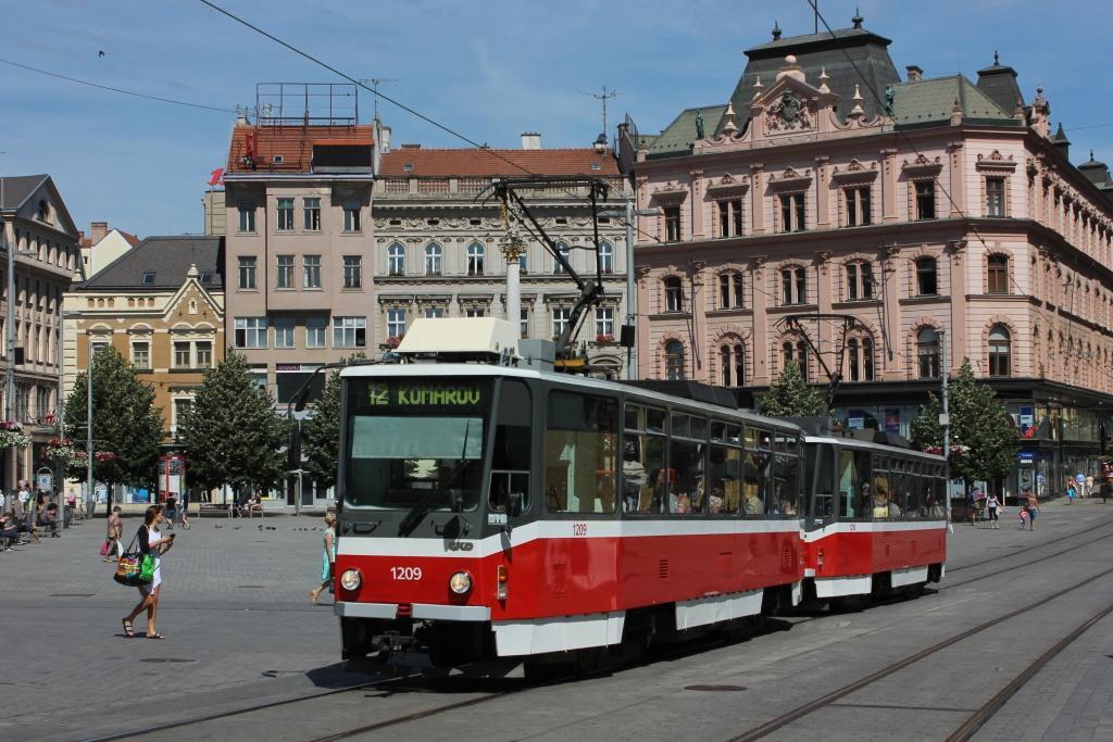 Fotogalerie » ČKD DS T6A5 1209 | ČKD DS T6A5 1210 | Brno | střed | náměstí Svobody