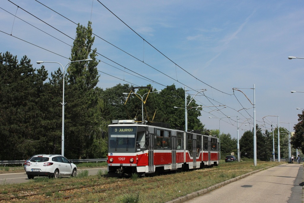 Fotogalerie » ČKD Tatra KT8D5R.N2 1707 | Brno | Černá Pole | třída Generála Píky