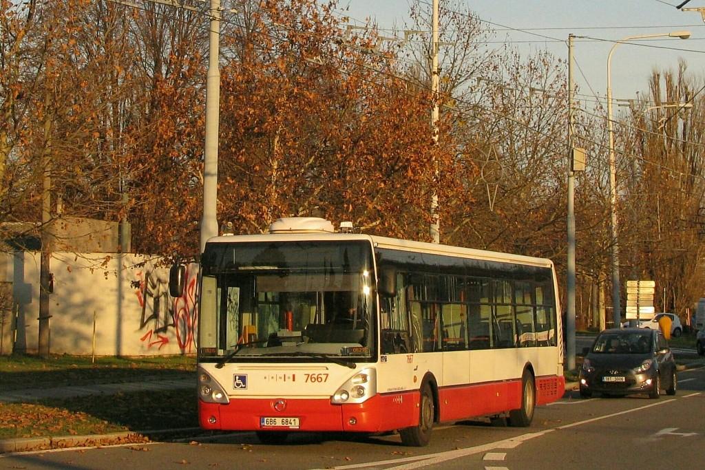 Fotogalerie » Irisbus Citelis 12M 6B6 6841 7667   Brno   Bystrc   náměstí 28. dubna