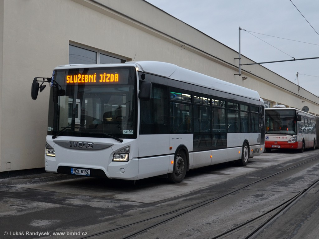 Fotogalerie » Iveco Urbanway 12M 5E9 6192 2721 | Brno | vozovna Medlánky
