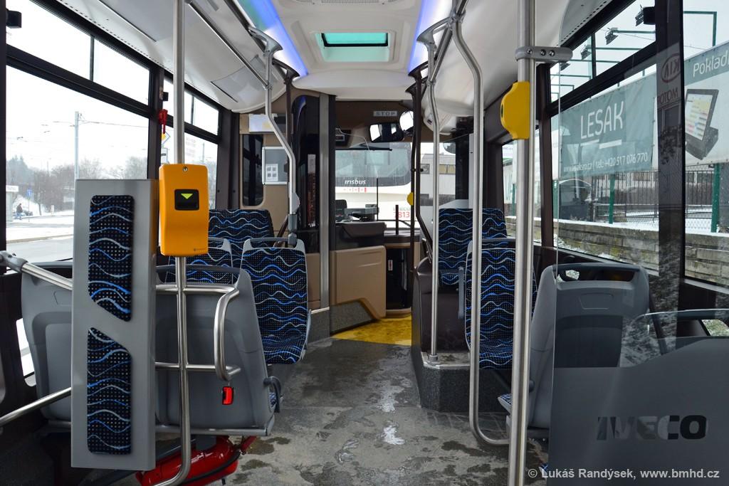 Fotogalerie » Iveco Urbanway 12M 5E9 6192 2721 | Brno