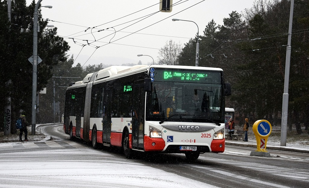 Fotogalerie » Iveco Urbanway 18M CNG 1BZ 7150 2025 | Brno | Žabovřesky | Královopolská