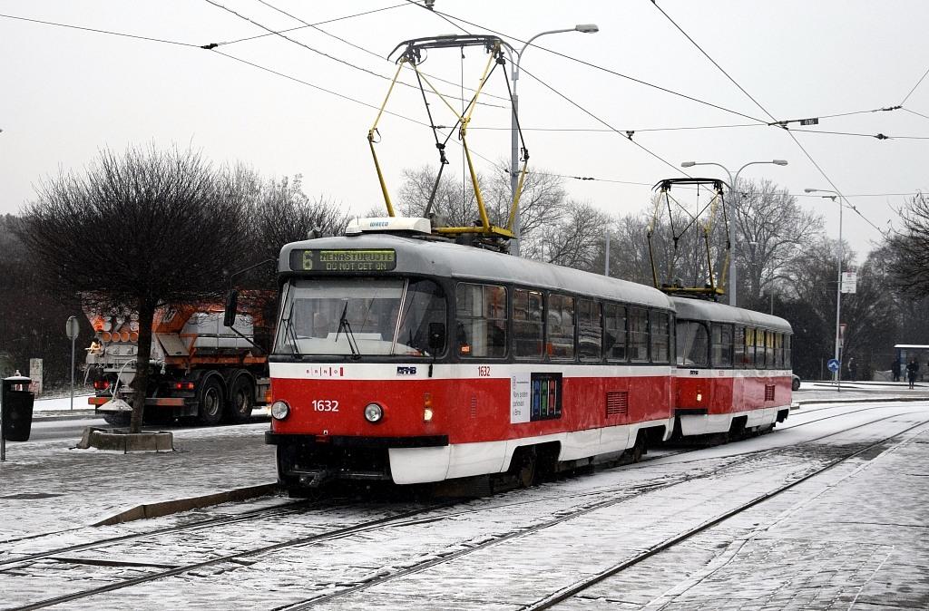 Fotogalerie » ČKD Tatra T3P 1632 | ČKD Tatra T3P 1633 | Brno | Královo Pole | Budovcova | Královo Pole, nádraží