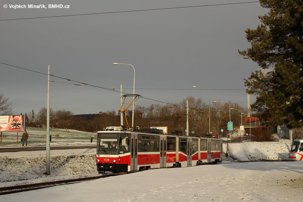 Fotogalerie » ČKD Tatra KT8D5N 1729 | Brno | Starý Lískovec | Starý Lískovec, smyčka