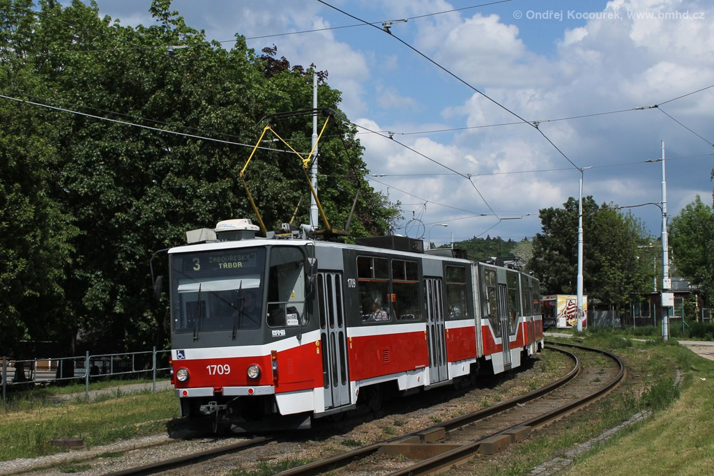 Fotogalerie » ČKD Tatra KT8D5R.N2 1709 | Brno | Židenice | Bubeníčkova