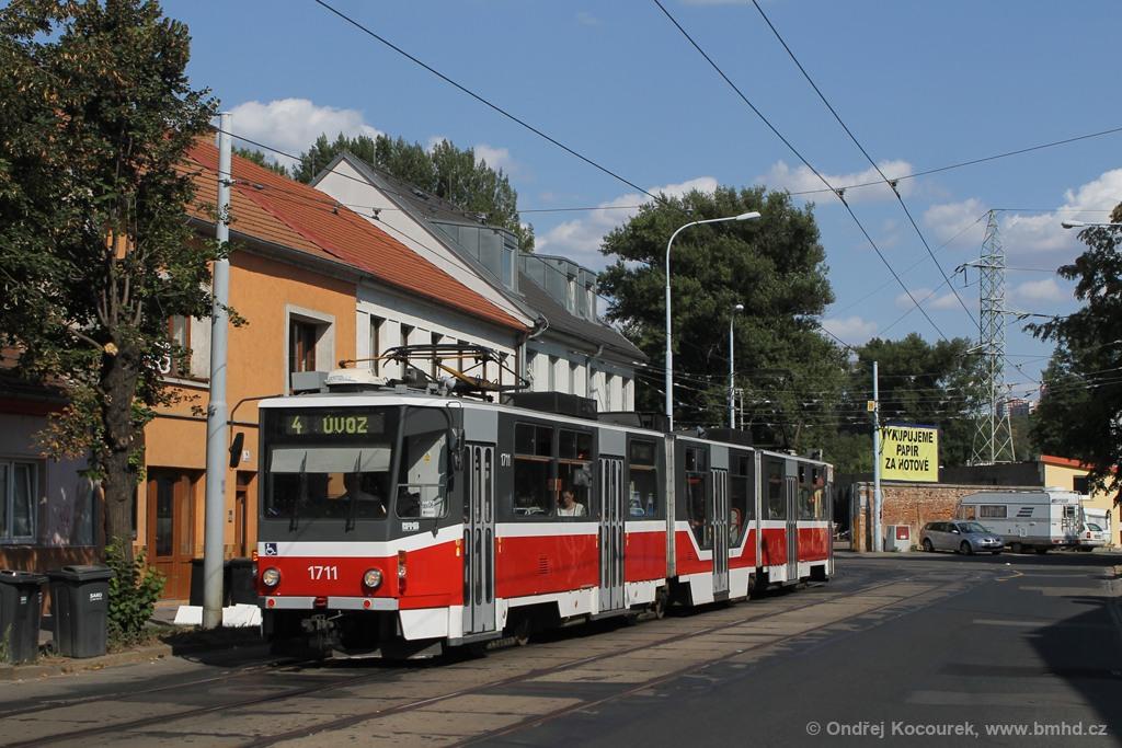 Fotogalerie » ČKD Tatra KT8D5R.N2 1711 | Brno | Husovice | Dačického