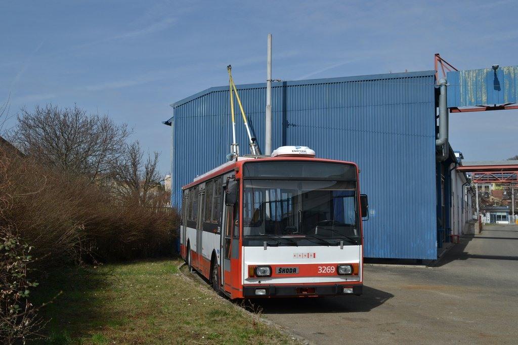 Fotogalerie » Škoda 14TrR 3269 | Brno | vozovna Komín