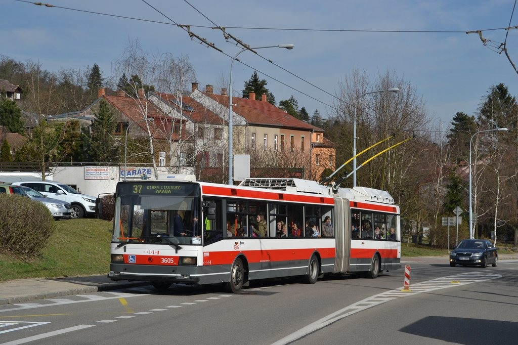 Fotogalerie » Škoda 22Tr 3605 | Brno | Kohoutovice | Libušino údolí | Libušina třída
