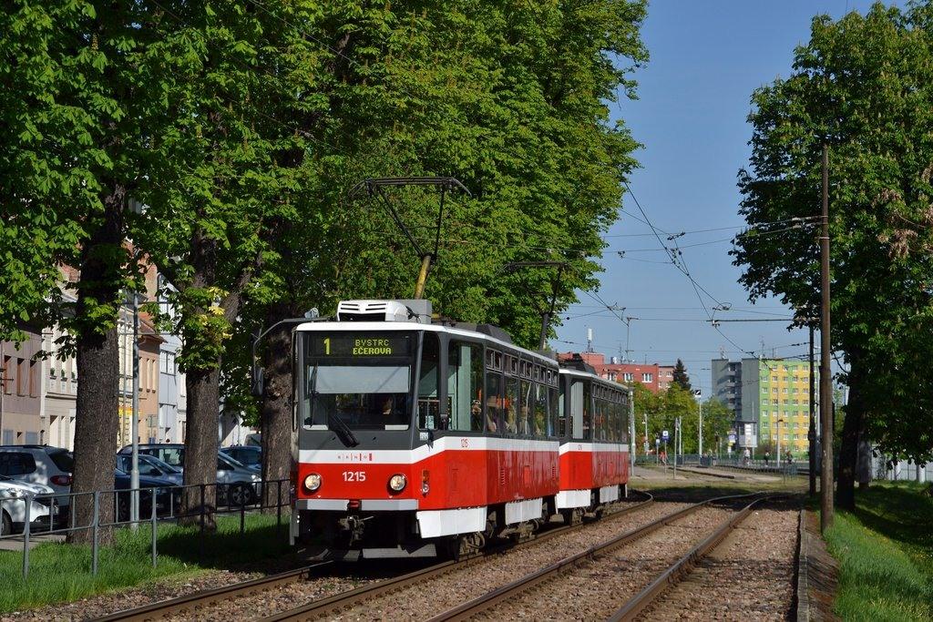 Fotogalerie » ČKD DS T6A5 1215 | ČKD DS T6A5 1216 | Brno | Pisárky | Hlinky