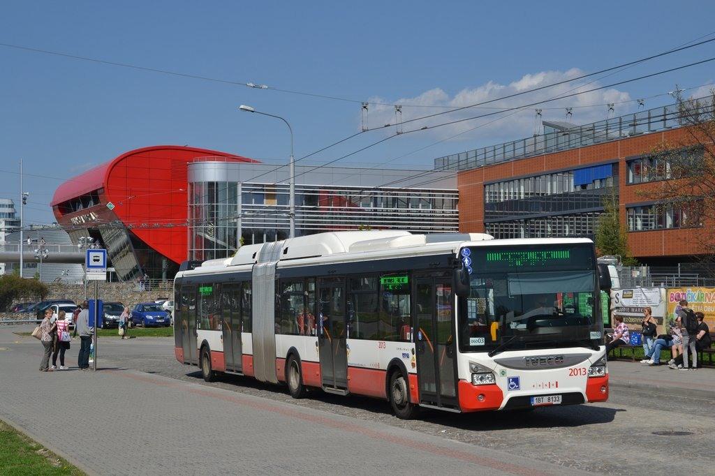 Fotogalerie » Iveco Urbanway 18M CNG 1BT 8133 2013 | Brno | Bohunice | Netroufalky | Nemocnice Bohunice