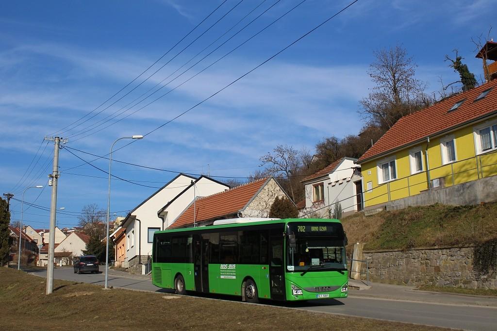 Fotogalerie » Iveco Crossway LE LINE 12M 5L1 5061 | Pozořice | Úvoz