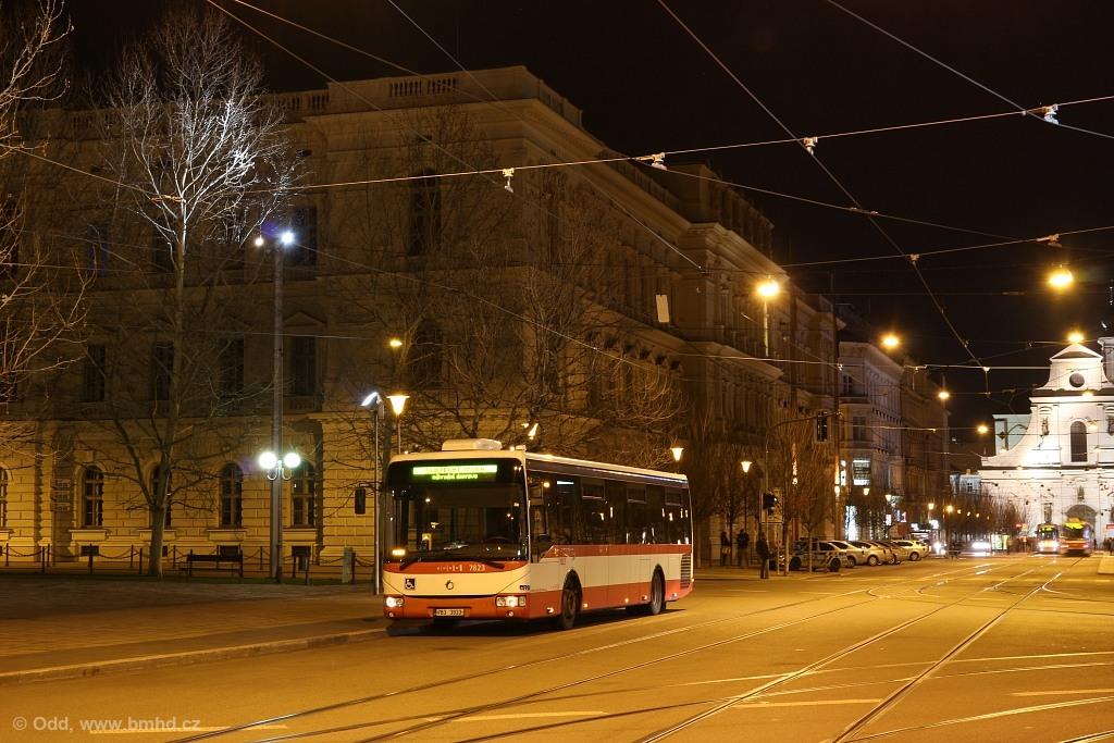 Fotogalerie » Irisbus Crossway LE 12M 7B3 3933 7823 | Brno | střed | Joštova