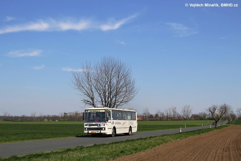 Fotogalerie » Karosa B732.1654.3 BSC 39-59 5320 | Kobylnice | Kobylnice, silnice od Prace