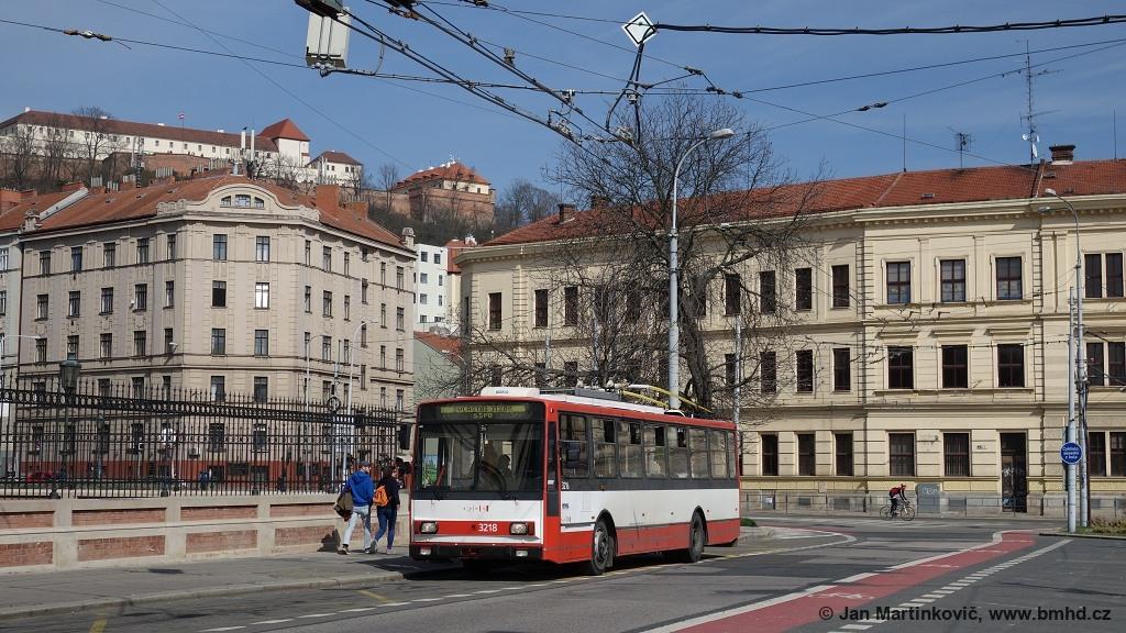Fotogalerie » Škoda 14Tr08/6 3218 | Brno | Staré Brno | Mendlovo náměstí | Mendlovo náměstí