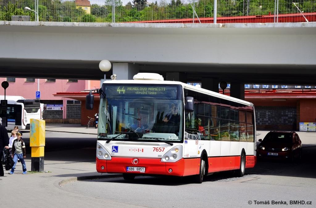 Fotogalerie » Irisbus Citelis 12M 6B6 6851 7657 | Brno | Královo Pole | Budovcova | Královo Pole, nádraží