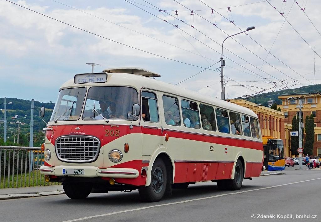 Fotogalerie » Škoda 706 RTO MTZ V 4479 202 | Zlín | Podvesná | Podvesná XVII