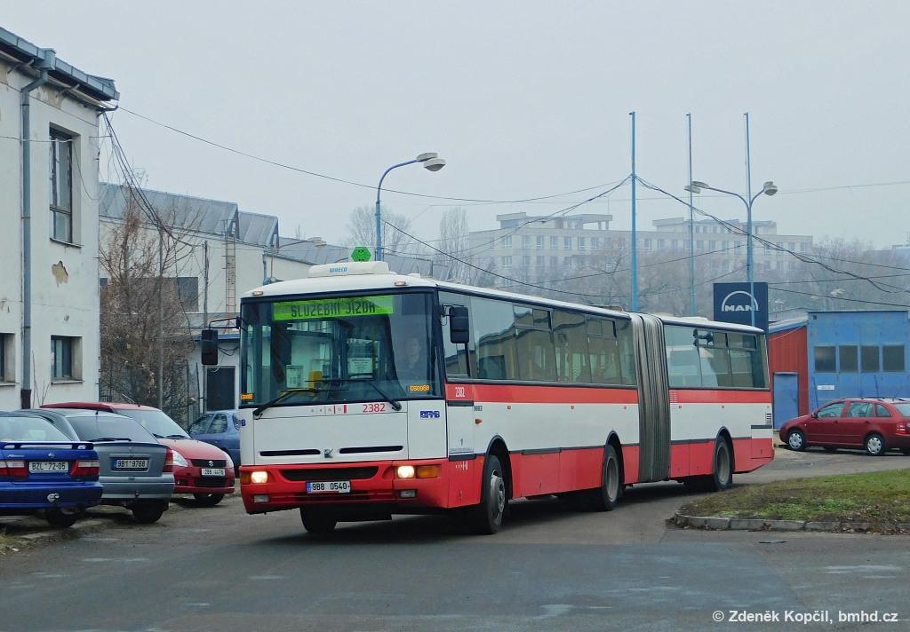 Fotogalerie » Karosa B961E.1970 9B8 0540 2382 | Brno | Trnitá | Rosická