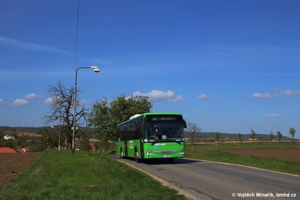 Fotogalerie » Iveco Crossway LE LINE 12M 5L1 5064 | Tvarožná | Tvarožná, ZD | odbočka k Santonu