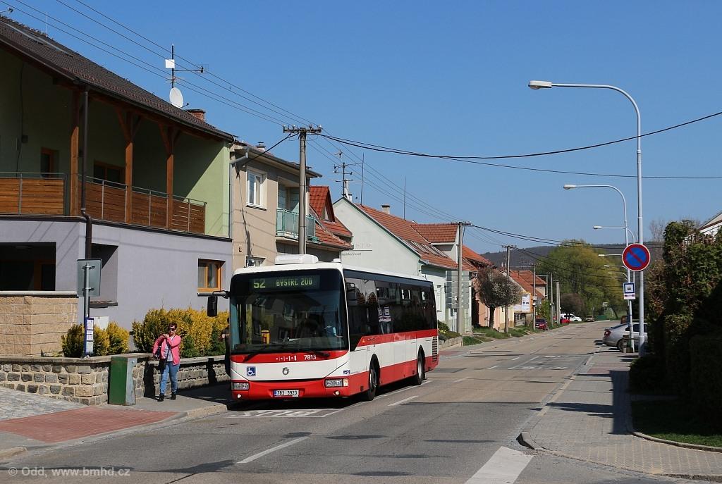 Fotogalerie » Irisbus Crossway LE 12M 7B3 3923 7813   Brno   Žebětín   Kohoutovická   Kohoutovická