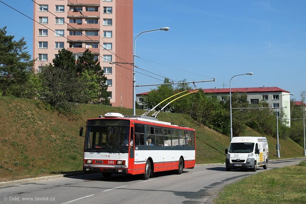 Fotogalerie » Škoda 14Tr17/6M 3283 | Brno | Kohoutovice | Libušina třída