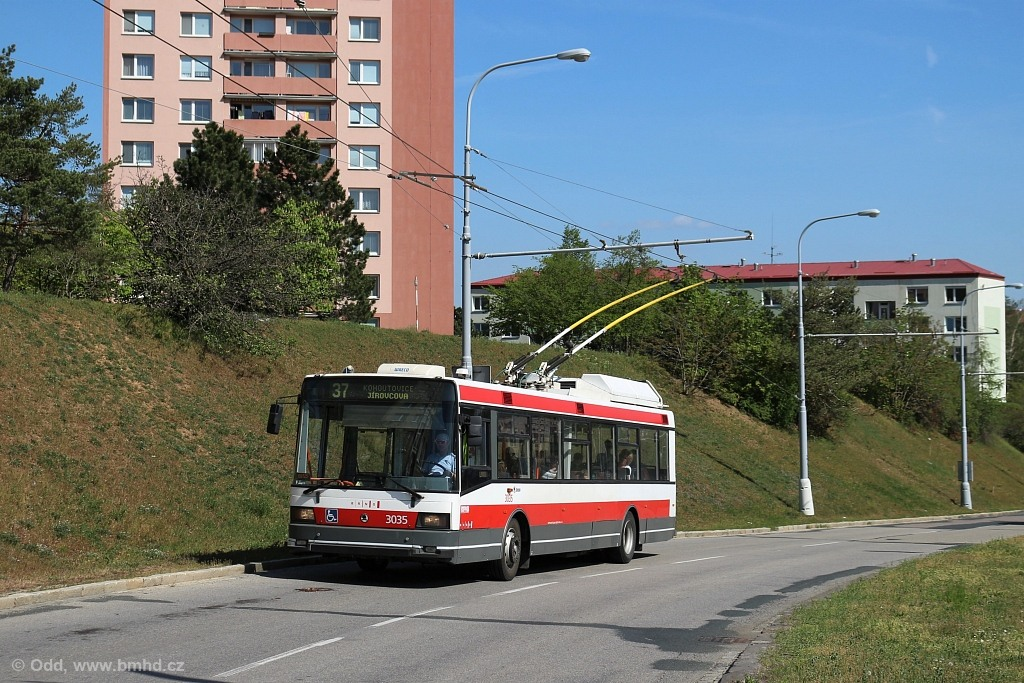 Fotogalerie » Škoda 21Tr 3035 | Brno | Kohoutovice | Libušina třída