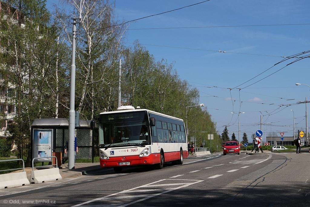 Fotogalerie » Irisbus Citelis 12M 6B6 6841 7667 | Brno | Kohoutovice | Žebětínská | Kohoutovice, hájenka