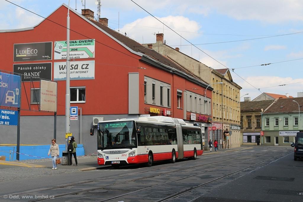 Fotogalerie » Iveco Urbanway 18M CNG 1BT 8132 2012 | Brno | Staré Brno | Václavská | Václavská