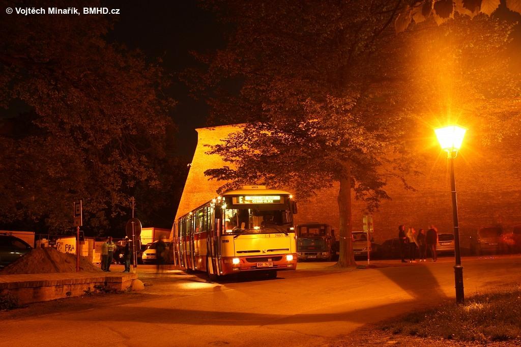 Fotogalerie » Karosa B931E.1707 BSH 14-56 7461 | Brno | střed | Špilberk | Hrad Špilberk