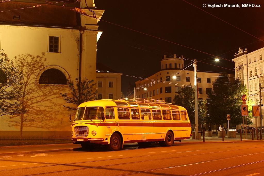 Fotogalerie » Škoda 706 RTO LUX BSC 74-95   Brno   střed   Moravské náměstí