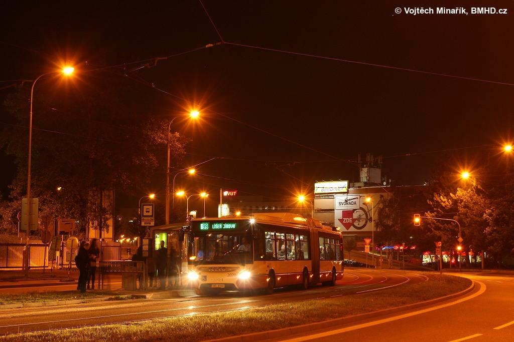 Fotogalerie » Iveco Urbanway 18M CNG 1BT 8140 2020 | Brno | Královo Pole | Purkyňova | Technické muzeum