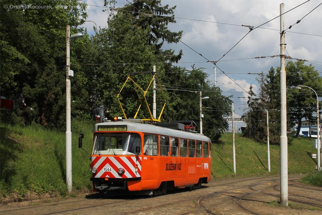 Fotogalerie » ČKD Tatra T3M 1544   Brno   vozovna Medlánky