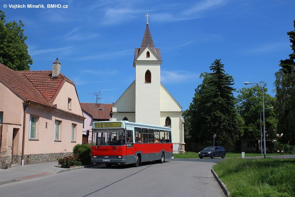 Fotogalerie » Karosa B831 02V 1529 | Brno | Přízřenice | Staré náměstí