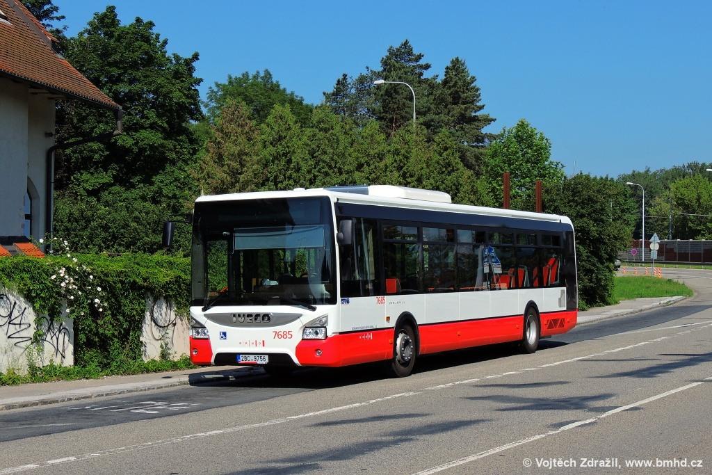 Fotogalerie » Iveco Urbanway 12M 2BC 9756 7685 | Brno | Bystrc | Obvodová
