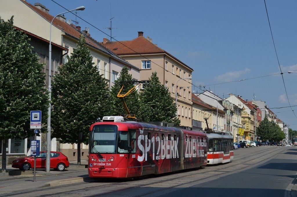 Fotogalerie » Pragoimex VarioLF2R.E 1090 | Pragoimex VarioLFR.E 1523 | Brno | Královo Pole | Palackého | Jungmannova