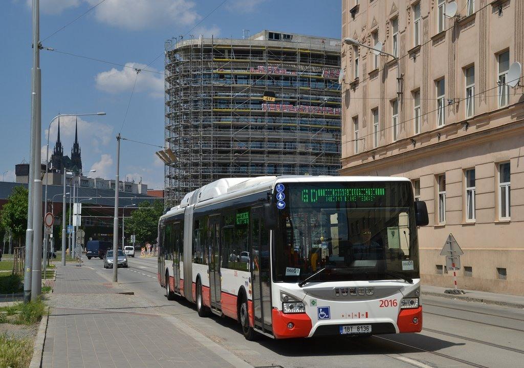 Fotogalerie » Iveco Urbanway 18M CNG 1BT 8136 2016 | Brno | Trnitá | Dornych