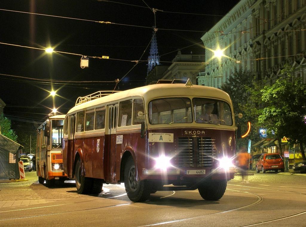 Fotogalerie » Sodomka Škoda 706 RO V 4482 22 | Brno | střed | Joštova | Česká